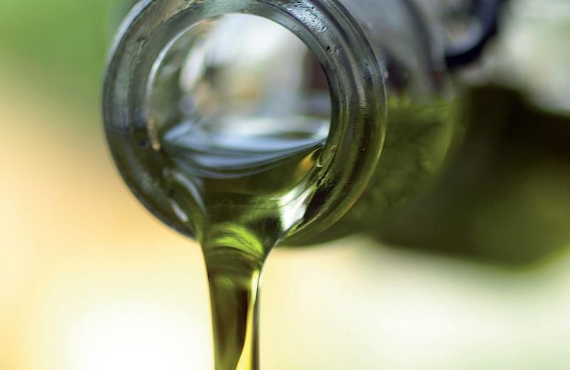 Azeite de oliva extravirgem: o melhor! Foto: Foodista / Flickr