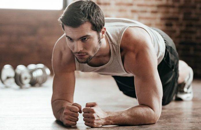 Foto: BBC Com os exercícios hipopressivos é possível controlar a respiração e contrair o abdome em posturas parecidas com as da ioga