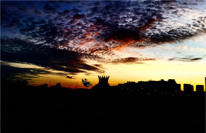 O céu e a Catedral - Foto: Daniel Zukko/MinhaBrasilia