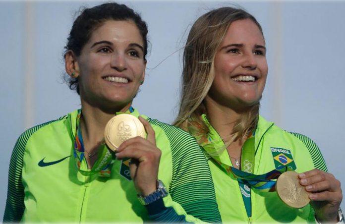 Martine e Kahena - Foto: AP/Gregorio Borgia