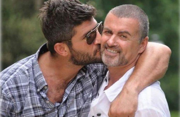 George Michael com o namorado Fadi Fawaz - Foto: reprodução / Twitter