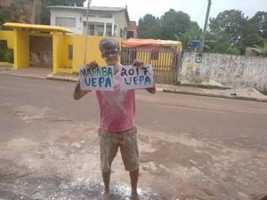 Wanderson comemora aprovação - Foto: Thiago Noleto / Reprodução Facebook