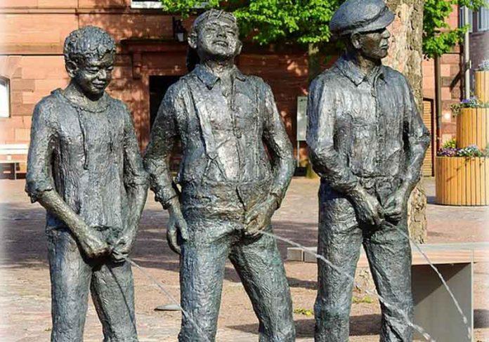 Estátuas fazendo xixi - Foto Pixabay