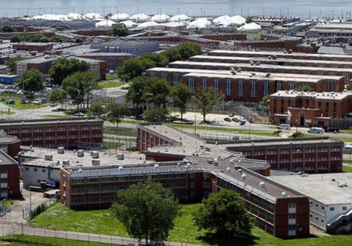 Presídio Rikers Island - Foto: AP