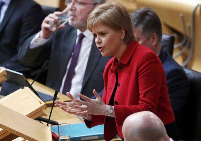 Nicola Sturgeon - Foto: Russell Cheyne / AFP
