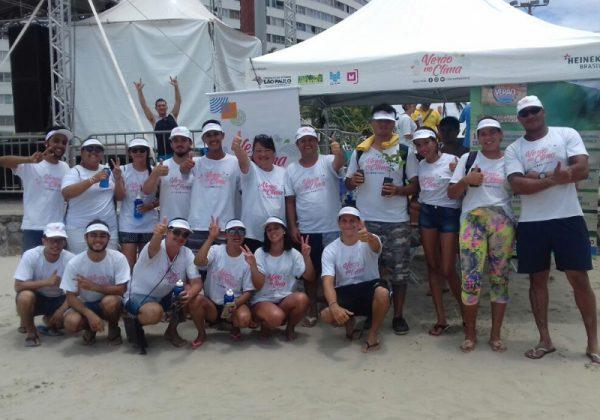 Equipe do Verão no Clima em Peruíbe Foto: Divulgação