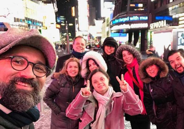 Manu Militão e a equipe da Mostra Inside Out em NY Foto: Arquivo Pessoal