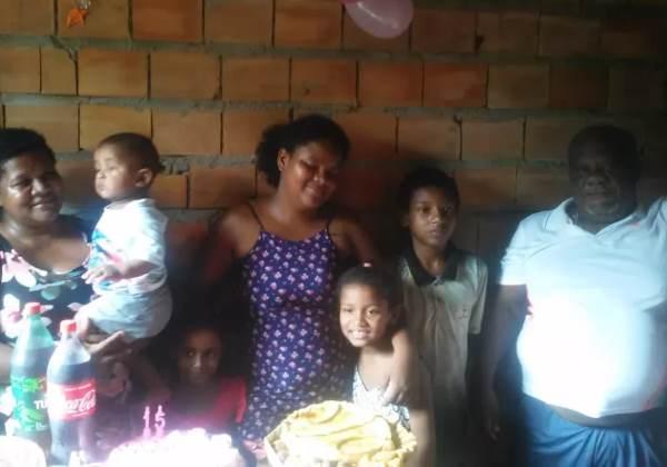 Wanessa e a família Foto: Arquivo Pessoal