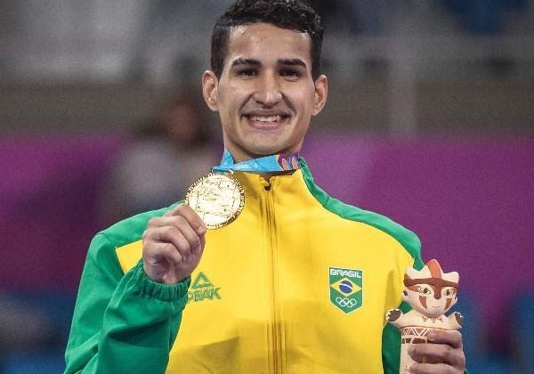 Ouro no taekwondo Foto:  COB