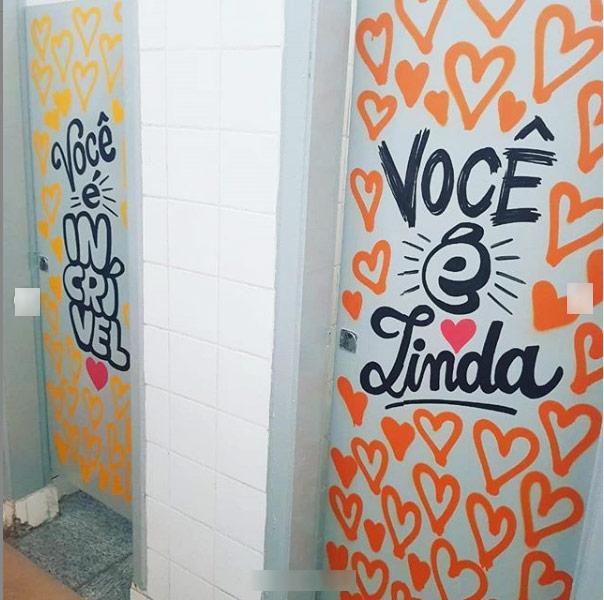 grafite-banheiros-portas