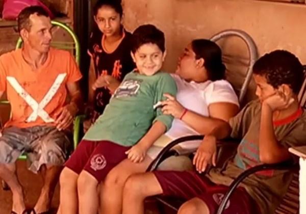 Luiz com a família