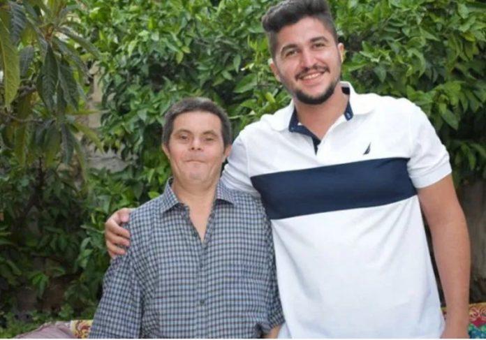 Foto: @saderissa Sader ao lado dos pais Foto: @saderissa Sader bebê com os pais Foto: @saderissa