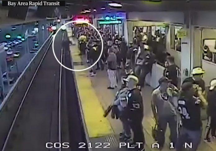 Foto: Estação Coliseu/Oakland