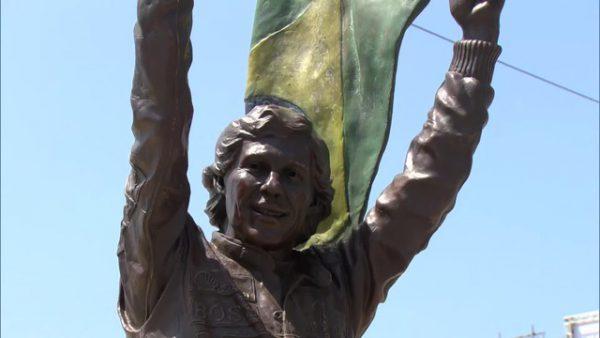 Estátua de Senna em Copacabana - Foto: Reprodução/TVGlobo
