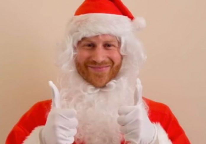 Príncipe Harry de Papa Noel - Foto: reprodução / Youtube Royal Reviewer
