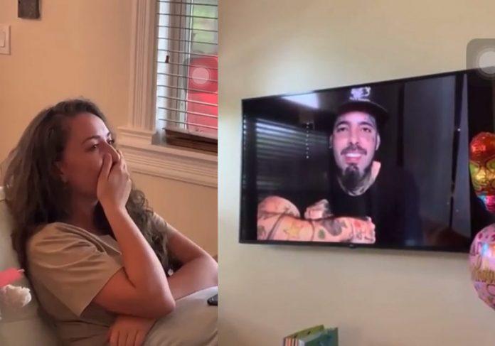 Camilla vê homenagem de Tico na TV - Fotos: reprodução / Instagram