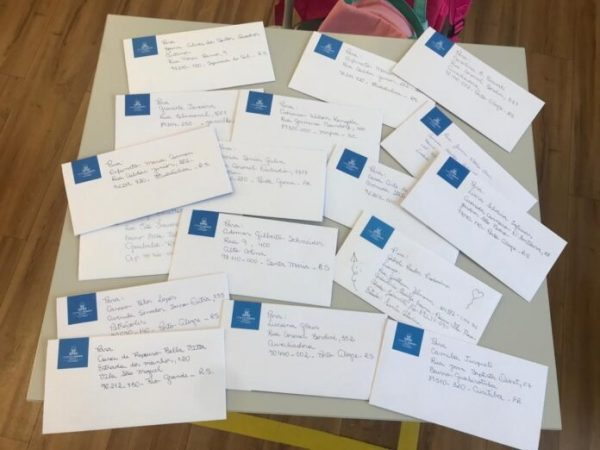 Parte das cartinhas escritas pelos alunos - Foto: divulgação / Colégio Marista