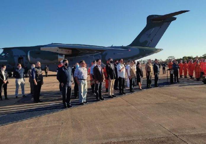 O avião brasileiro com a ajuda humanitária ao Haiti partiu neste domingo de Brasilia -Foto: TV Brasil
