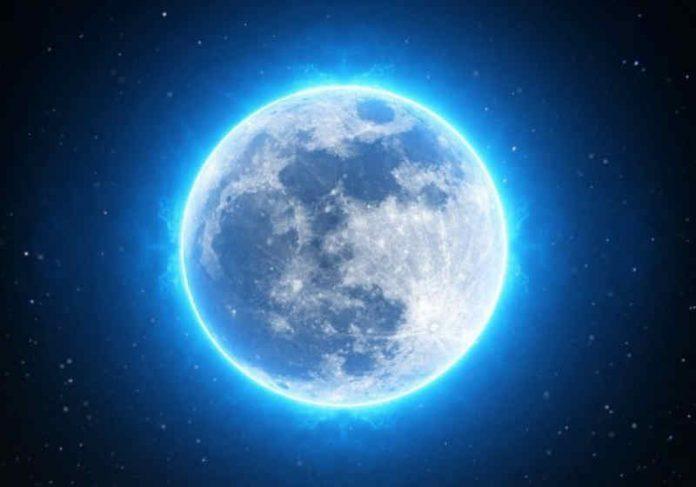 A segunda lua cheia do mês aparecerá entre os dias 21 e 22 de agosto e é conhecida como Lua Azul Foto: reprodução