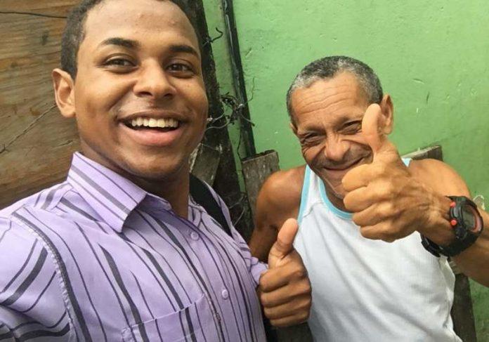 Helbert Camillo, jovem autodidata que aprendeu Libras para alfabetizar e evangelizar pessoas surdas na Bahia - Foto: Acervo Pessoal