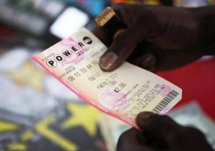 Um homem ganhou sozinho R$ 312 milhões na loteria! - Foto: divulgação