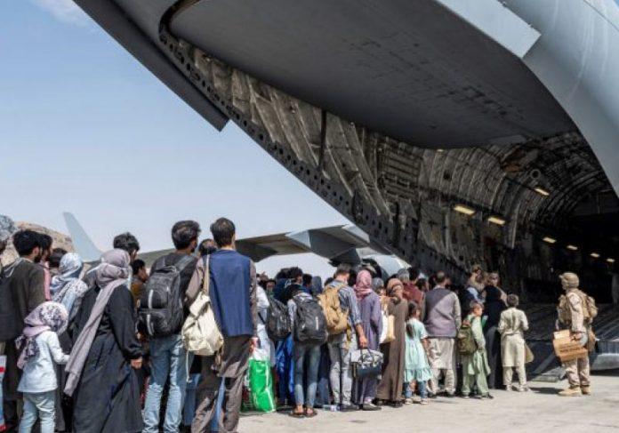Afegãos serão acolhidos no Brasil, após autorização do governo - Foto: Reuters