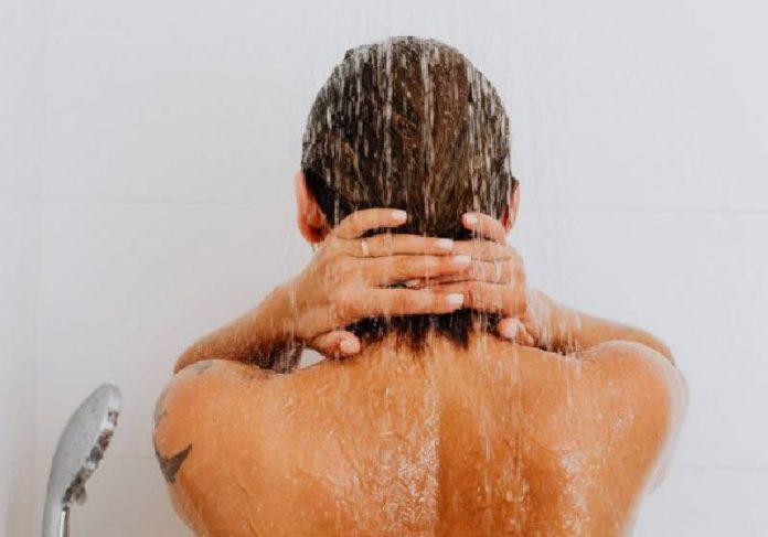 Uma pesquisa feita pela P&G mostra que brasileiro toma banho em média 8,5 vezes por semana - Foto: Pexels