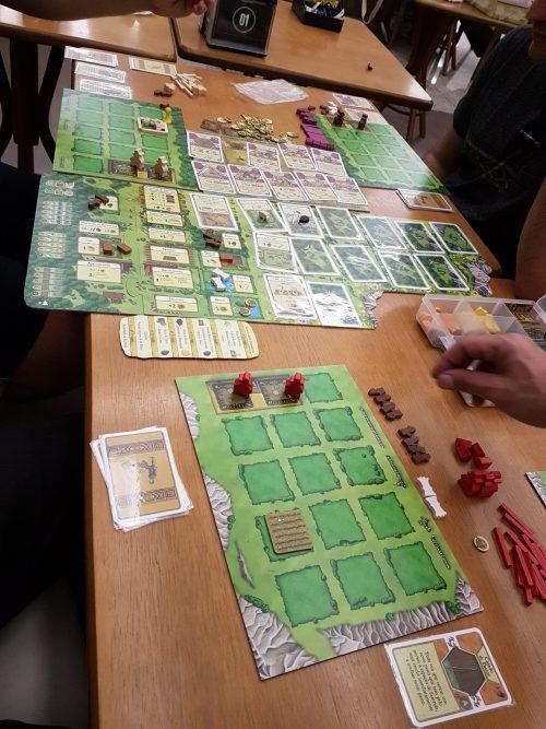 Um dos jogos do Care On Board - Foto: divulgação