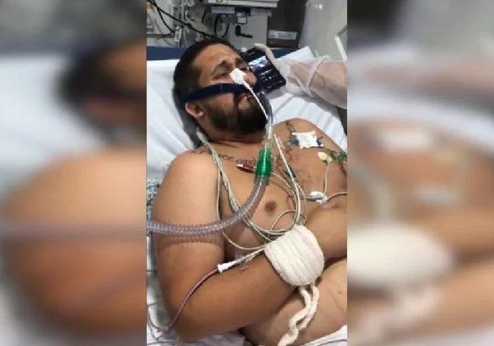 O Menos é Mais foi até o hospital fazer um show exclusivo para o Eduardo, que foi extubado domingo ao som do grupo - Foto: reprodução / redes sociais