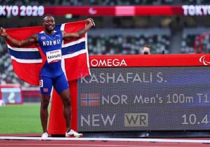 O norueguês Salum Ageze Kashafali, refugiado do Congo, pedia esmolas e hoje é um campeão paralímpico - Foto: REUTERS/Athit Perawongmetha