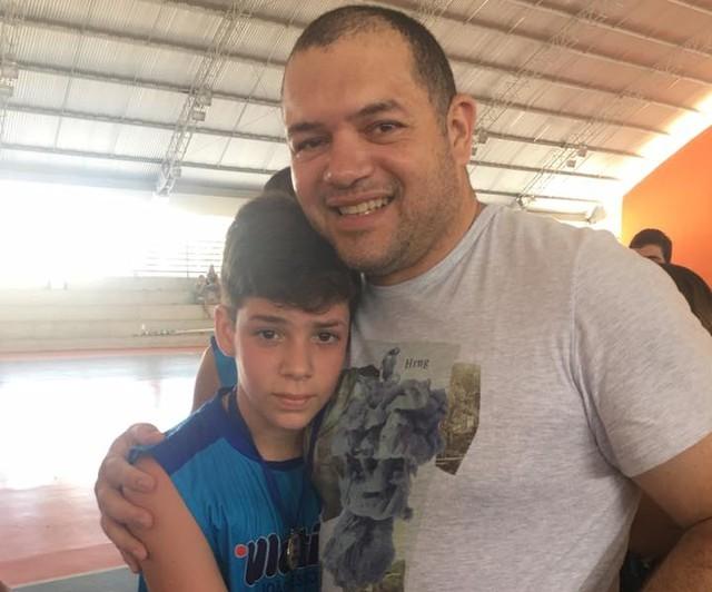 Tarik Pereira com o filho Gabriel Gomes, do Motiva - Foto: Arquivo Pessoal