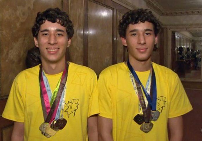 Os gêmeos Gabriel e Matheus Foto: Reprodução TV Globo