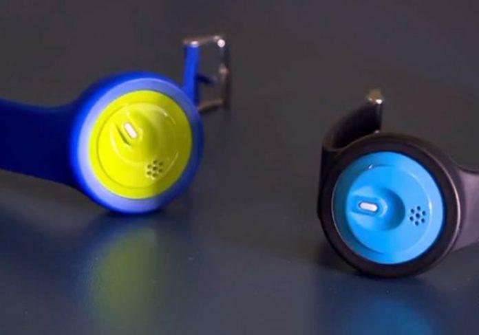 Pulseiras para monitorar crianças (Foto: Reprodução/TV Integração