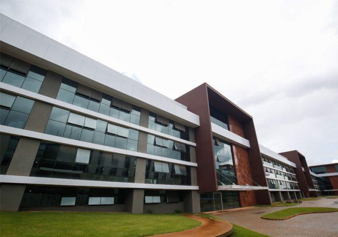 Hospital Sírio-Libanês Brasília / lateral do prédio - Foto: divulgação|