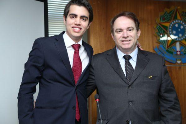 Mateus com o pai João Costa Ribeiro Filho - Foto: arquivo pessoal