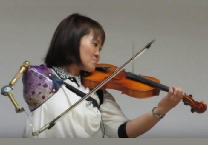 Foto: Reprodução YouTube||Fotos: Facebook Ito Shinbo|||