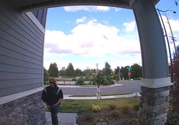 flagrante das câmeras de segurança mostrando o roubo