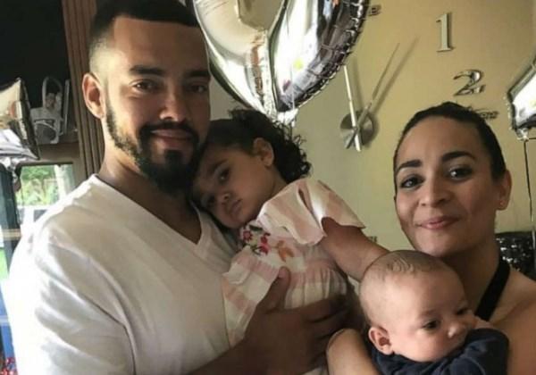 Alexandra Seba de Altamonte Springs, Florida com seu marido, Raymond Collet e os filhos Julian Sol, 1 e Jade, 3 Foto: Arquivo Pessoal