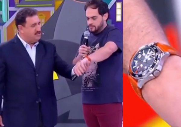 Ratinho, Matheus e o relógio - Fotos: reprodução / SBT