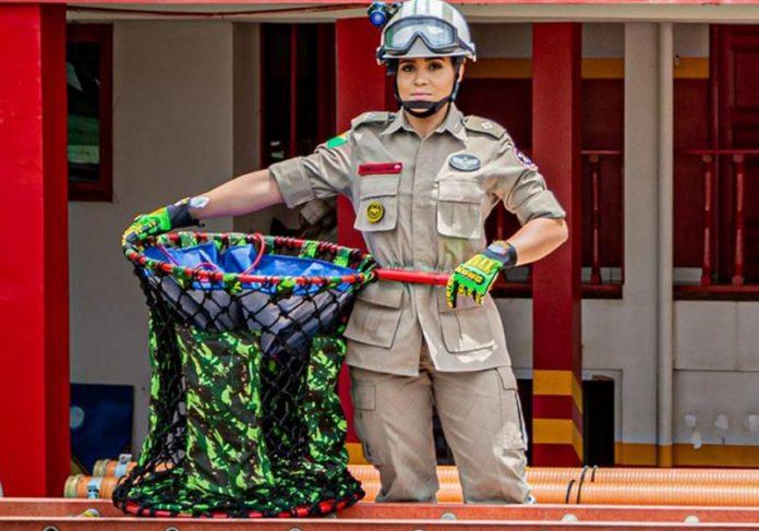 Tenente Ruana com a criação - Foto: Arquivo pessoal