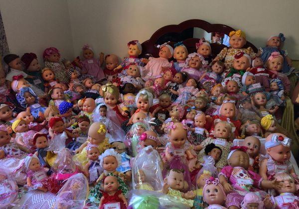 As 180 bonecas que vão para doação este ano Foto: reprodução