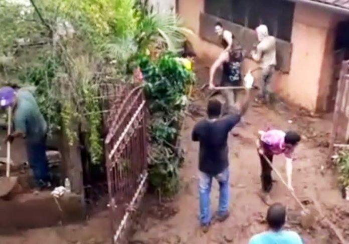Moradores de Sabará na limpeza - Foto: reprodução / Instagram