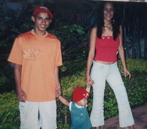 José, o filho e Andreia, quando chegaram a Goiás - Foto: arquivo pessoal