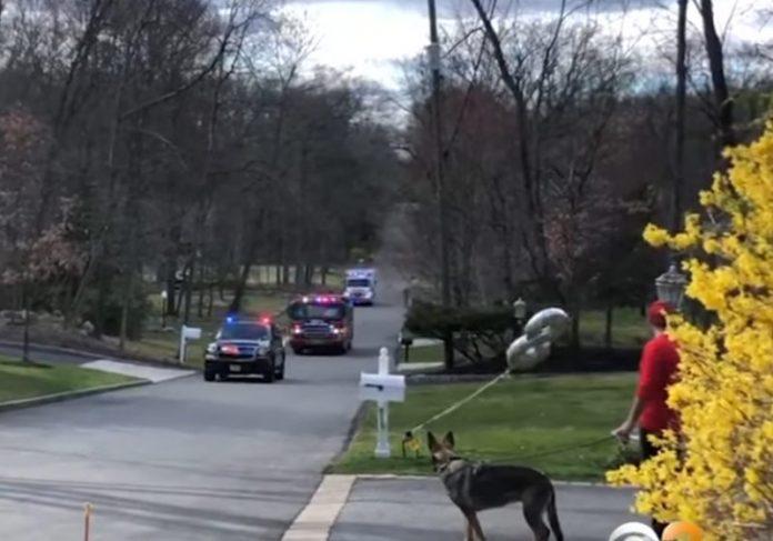 Carreata de bombeiros em New Jersey - Foto: reprodução / CBS