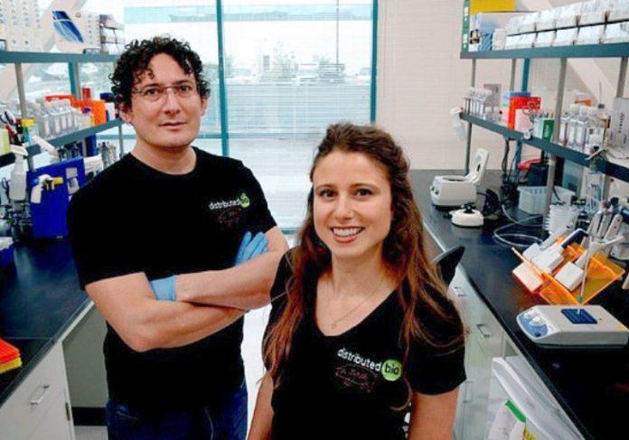 O Dr. Glanville (à esquerda). Foto: Distributed Bio