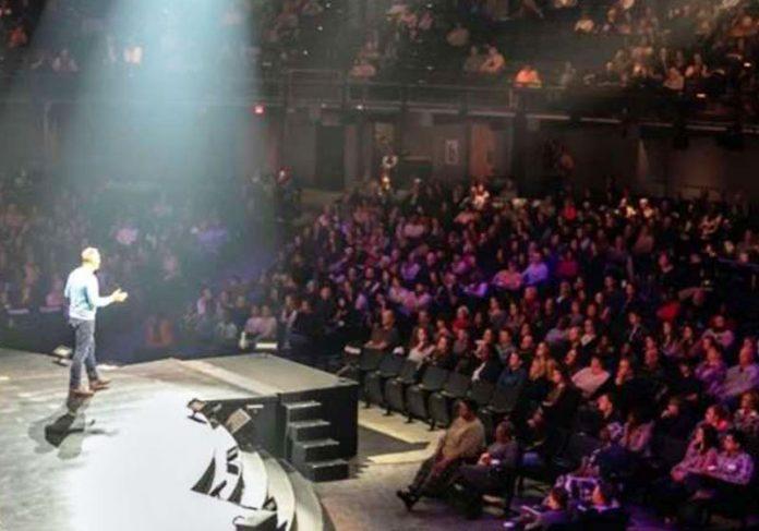 O anúncio na igreja - Foto: reprodução / FoxNews.com
