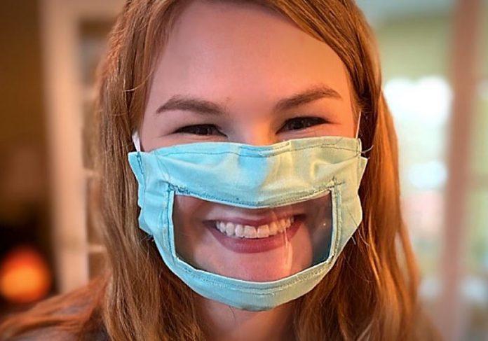 Ashley Lawrence com a máscara - Foto: reprodução / Facebook||