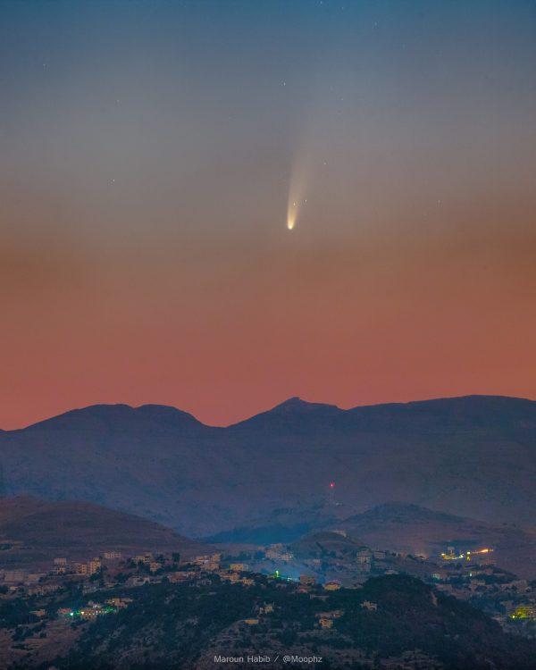Cometa NEOWISE no céu do Líbano - Foto: Maroun Habib/Nasa