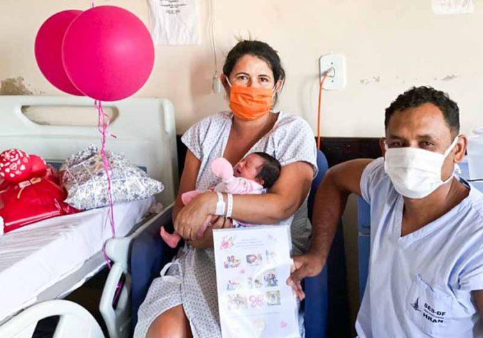 Daniela, Manoela e Francisco - Foto: Divulgação/SES-DF