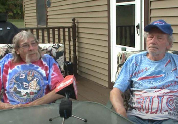 Os irmãos Don e Bruce - Foto: reprodução / WGRZ-TV